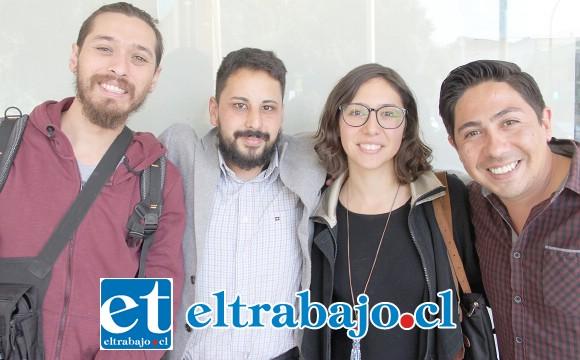 LOS DESARROLLADORES.- Aquí tenemos a parte del equipo organizador: Alfredo Córdova, Luis Pinilla, Nicol Jofré y Jaime Muñoz.