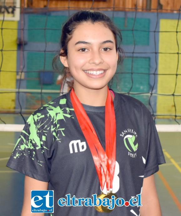 Matilda Páez, la mejor jugadora del club pero la más fiel al juego en equipo.