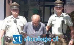 En febrero de este año, el adulto mayor fue capturado por Carabineros de Santa María tras permanecer prófugo de la justicia, siendo juzgado este lunes por tres delitos de violación.