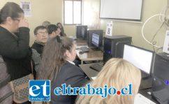 Un proceso expedito se ha desarrollado en el Liceo Roberto Humeres, desde el lunes 1 de abril, fecha en que comenzó el proceso de Declaración de Renta.
