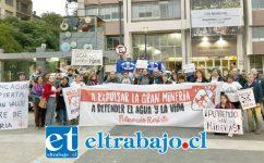 Las fuerzas vivas de Putaendo que se oponen a la gran minería, llegaron hasta la Intendencia donde en forma unánime las autoridades aprobaron regularizar las irregularidades cometidas por Vizcachitas Holding.