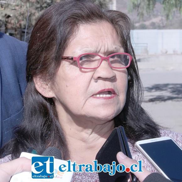 María Puebla Rosales, vecina favorecida con el cambio de techumbre y nueva instalación eléctrica.