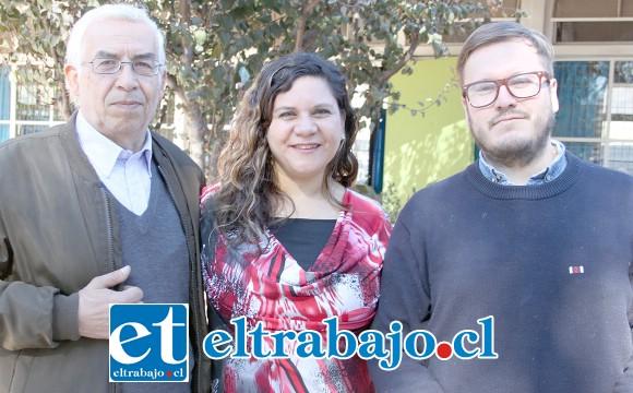 EQUIPO DE TRABAJO.- Ellos son los tres profesores que organizaron esta actividad: Roberto Tabilo, Lorena Pérez y Matías Rojas.