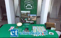 Personal de OS7 de Carabineros Aconcagua incautó diversas cantidades de pasta base de cocaína y marihuana elaborada junto con dinero efectivo y elementos asociados al ilícito de tráfico de drogas.