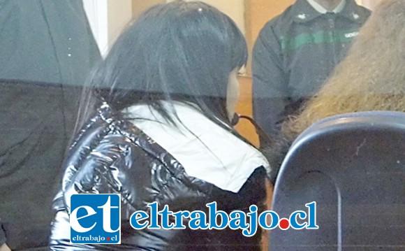 QUEDÓ PRESA.- La recepcionista fue puesta a disposición del Tribunal de Garantía de Los Andes, donde el fiscal Jorge Alfaro la formalizó por Tráfico de Drogas.