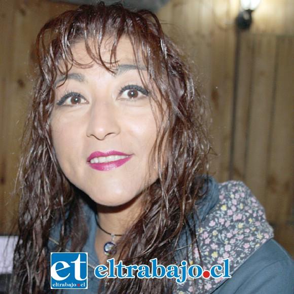 Amalia González: «Antes fui basquetbolista, jugué en buenas ligas y sigo haciendo deporte, llevo 10 años jugando Súper 4 y me encanta».