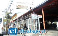 Este es uno de los terminales de colectivos de calle Merced, ubicado a pasos de Avenida Yungay, el que debiera desaparecer gradualmente en 1 ó 2 años a más tardar.