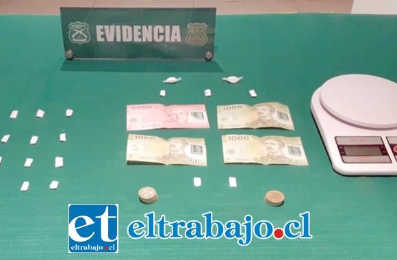 Personal de OS7 de Carabineros Aconcagua, incautó pasta base y clorhidrato de cocaína desde el domicilio de los imputados ubicado en Población Santa Brígida de San Felipe.