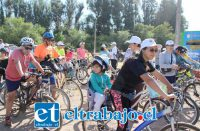 La actividad es completamente gratuita, no competitiva y dirigida a las familias a las que se invita a vencer el frío y participar de la cicletada.