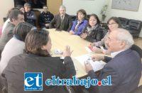 Este jueves los equipos directivos de ambos establecimientos educacionales se reunieron con el alcalde Patricio Freire y el director de Educación municipal para avanzar en el traslado de la unidad educativa.