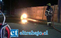 Por más de dos horas, Bomberos debió quemar el gas licuado tras la fuga del cilindro hasta controlar la emergencia.