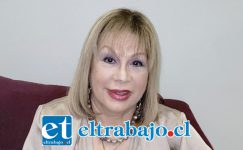 La cantante nacional y originaria de San Felipe, Palmenia Pizarro González, hoy está cumpliendo años.