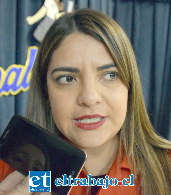 Francisca Machuca, encargada del Área Técnica Profesional del Liceo Corina Urbina.