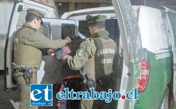 El antisocial fue detenido por Carabineros por el delito de robo por sorpresa ocurrido en la Esquina Colorada de San Felipe. (Foto Referencial).