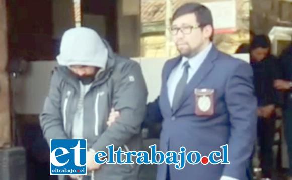 Los sujetos capturados registran domicilio en la comuna de Colina en Santiago.