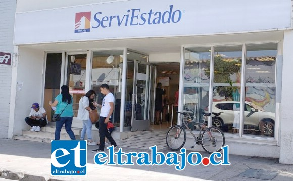 El hecho ocurrió en horas de la tarde de ayer en la sucursal de Servi Estado ubicada en calle Santo Domingo de San Felipe.