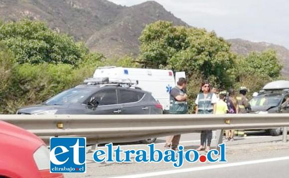 DOLOROSO RECUERDO.- Esta es la escena del accidente, en donde varios automóviles colisionaron por alcance.