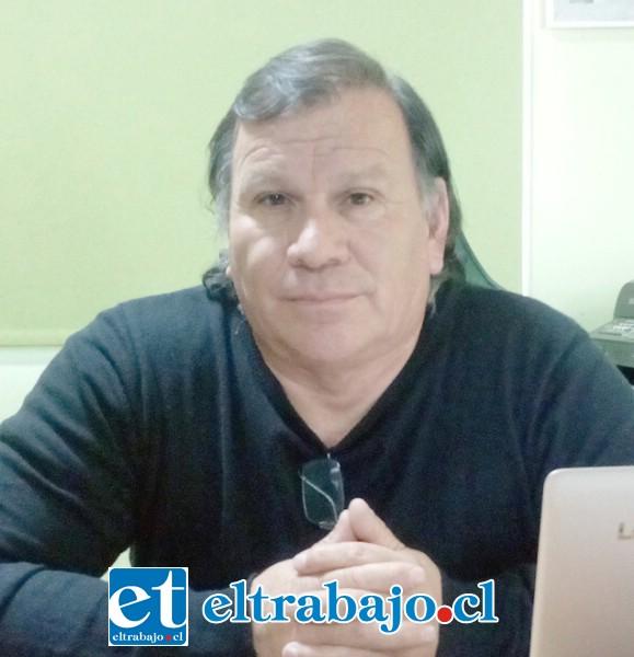 Manuel Carvallo, presidente Consejo Superior Taxis Colectivos de San Felipe.