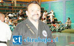 El Maestro (8º Dan) Oscar 'Toti' Contreras es el organizador de la Copa de la Hermandad.