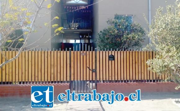 El adulto mayor residía en calle Pedro de Valdivia Nº 300 de la Villa El Totoral de San Felipe.