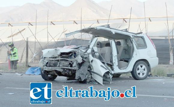 El vehículo conducido por un joven de 21 años de edad, quien permanece grave en el Hospital San Juan de Dios de Los Andes.
