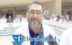 Pablo Cerda, presidente Capítulo Médico Hospital San Camilo, enfatizó que la movilización ya no es solo por un mejor financiamiento en salud, sino por un cambio en el sistema.
