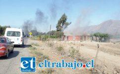 El fuego afectó a una vivienda ubicada en el sector El Escorial de Panquehue, la mañana de ayer lunes.