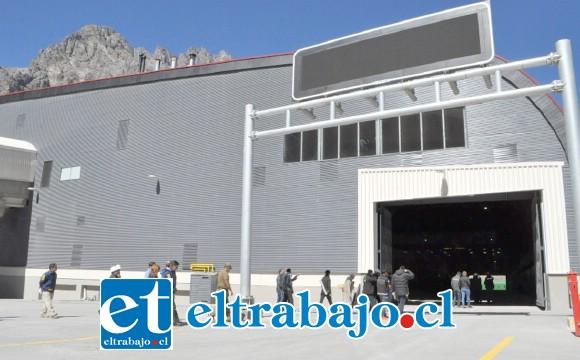 El nuevo complejo Los Libertadores estaría mal diseñado, con problemas de ventilación asociada a la acumulación de gases que emiten los vehículos, denunció un dirigente nacional de los funcionarios del SAG.