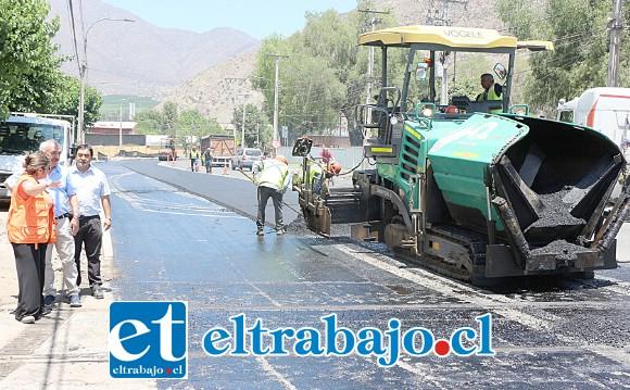 La gestión impulsada desde el municipio y el apoyo entregado por Vialidad, consiguió este objetivo y permitió nivelar la calle en ese sector.
