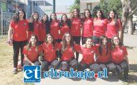 JUNTAS SON IMPARABLES.- Ellas son las seleccionadas chilenas U14 de Hándbol femenino, un juvenil equipo de talento, destreza y ganas de triunfar.
