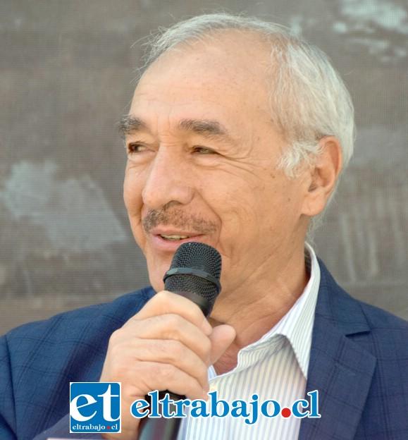 Alcalde de San Felipe Patricio Freire Canto.