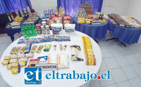 La PDI de San Felipe incautó estos productos desde el domicilio de la imputada ubicado en illa El Totoral de esta comuna, avaluado en $700.000.