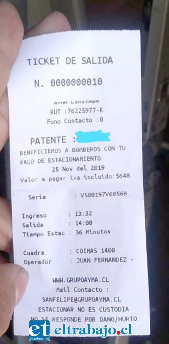 En la imagen el ticket donde aparecía la leyenda, la cual fue retirada tras el desmentido de Bomberos.