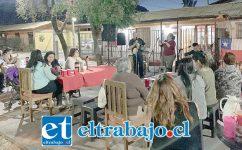 Ya de los barrios y poblaciones los vecinos están llamando a estos músicos sanfelipeños para alegrar la tarde en su comunidad.