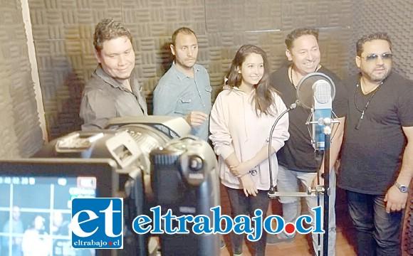 Acá parte de los cantantes locales que interpretaron este cover 'Sueña'.