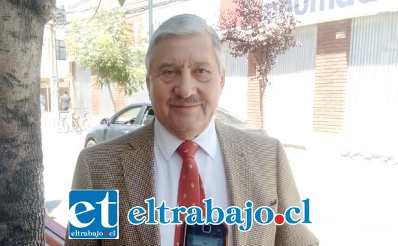 Iván Silva Padilla, director de la DAEM San Felipe.