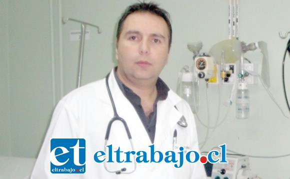 El Dr. Marcelo Yáñez, director saliente del Servicio de Urgencia, continuará prestando sus valiosos servicios en dicha unidad.