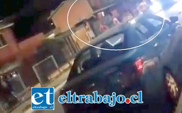 El registro audiovisual se divulgó por redes sociales, dando cuenta de lo ocurrido la medianoche de este viernes en la comuna de Llay Llay.