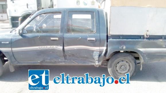 Y COBRÓ UN MILLÓN.- A la derecha vemos el auto como lo ingresó al taller Érika Segura, a la derecha vemos cómo lo desmanteló Gustavo Contreras para sus propósitos.