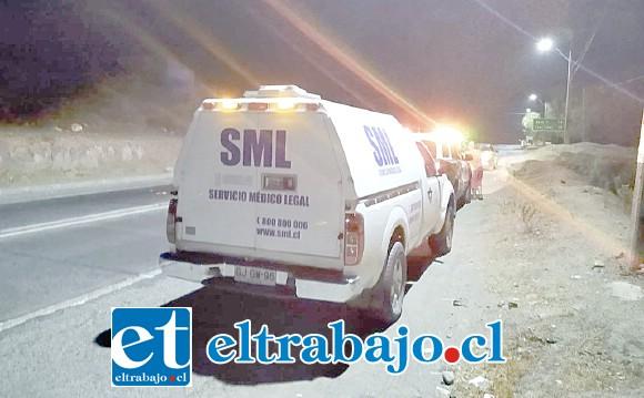 Personal del Servicio Médico Legal concurrió al sitio del suceso en las cercanías del Puente El Rey de San Felipe, para levantar el cuerpo sin vida del joven de 29 años de edad.