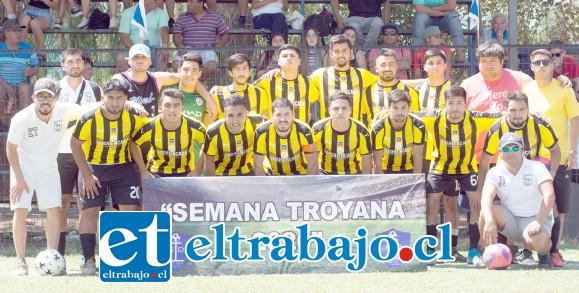 TERCER LUGAR.- El Club Deportivo Alberto Pentzke se quedó con el tercer lugar del campeonato.