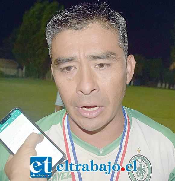Juan Pablo Lobos, capitán del equipo campeón.