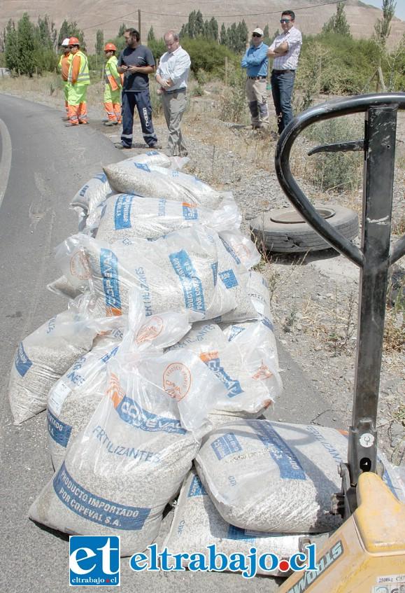 POCO PESO.- Esta era la única carga que transportaba el camión, sólo 1.000 kilos de abono.