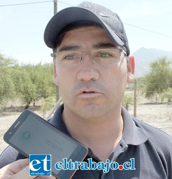 Eduardo Tapia, chofer del camión.