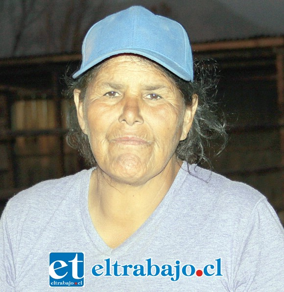 Angélica León González, propietaria de la propiedad afectada por el fuego.
