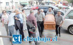 HOY LA DESPIDEN.- El velatorio de Freire Canto se está realizando en la Iglesia Catedral, y sus exequias se desarrollarán hoy jueves con la respectiva Misa Fúnebre, pasando sus restos mortales al descanso eterno en el Cementerio Municipal de San Felipe en El Almendral.