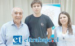 El joven cineasta Bernardo Quesney fue recibido por el alcalde Patricio Freire y la encargada de Turismo, Macarena Vargas.