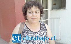 Silvia García, víctima de asalto ayer en la madrugada frente al Buen Pastor.