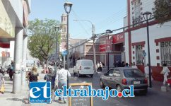 Relativa normalidad se pudo apreciar ayer en calle Prat de San Felipe, una de las principales arterias de la ciudad.