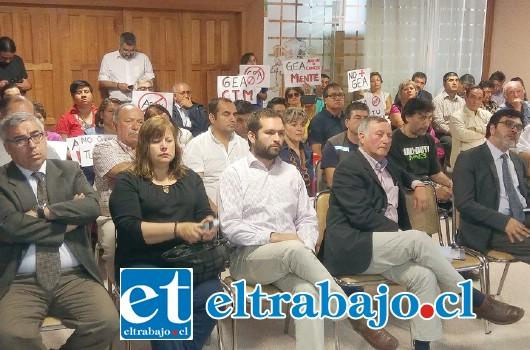 Vecinos, dirigentes y alcaldes de distintas comunas del Valle de Aconcagua, junto a autoridades regionales, participaron en Sesión de Comisión medioambiental del Gobierno Regional de Valparaíso.